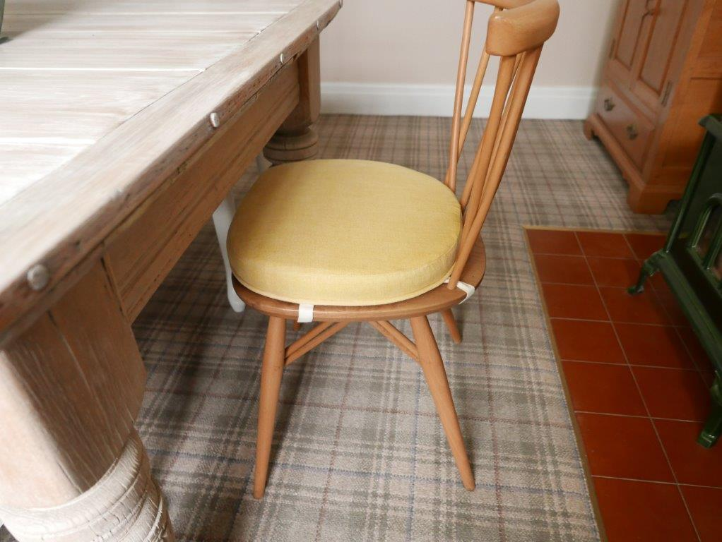 Ercol 365 Dining Seat Cushion And Cover In Soft Primrose